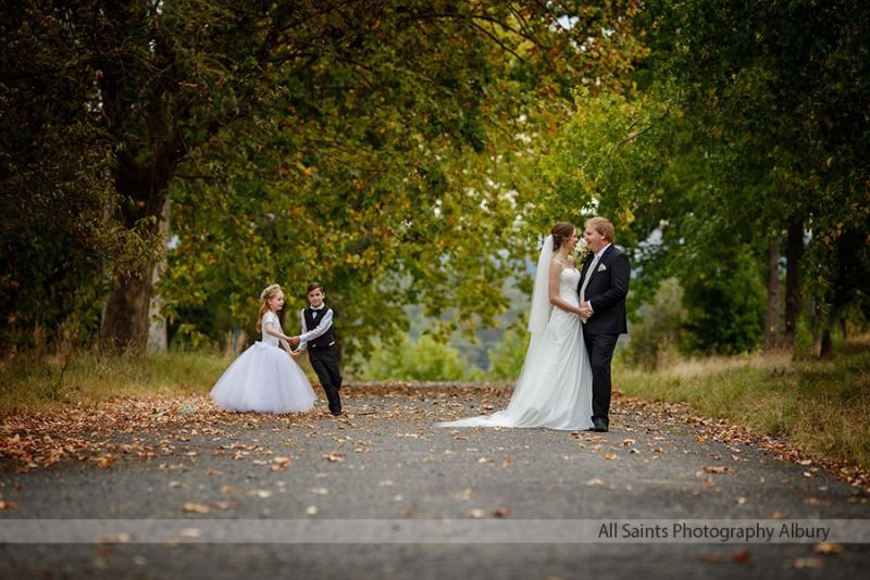 Sheridan & Adam's Lake Hume Resort Wedding