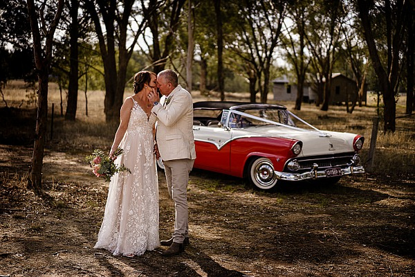 Tanya and Joe's Wedding at The Wodonga Golf Club.