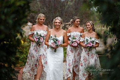 Wedding photograph  at Deniliquin by Stephen Jorgensen from All Saints Photography Albury.
